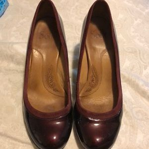 Maroon heels by Sofft. Size 8